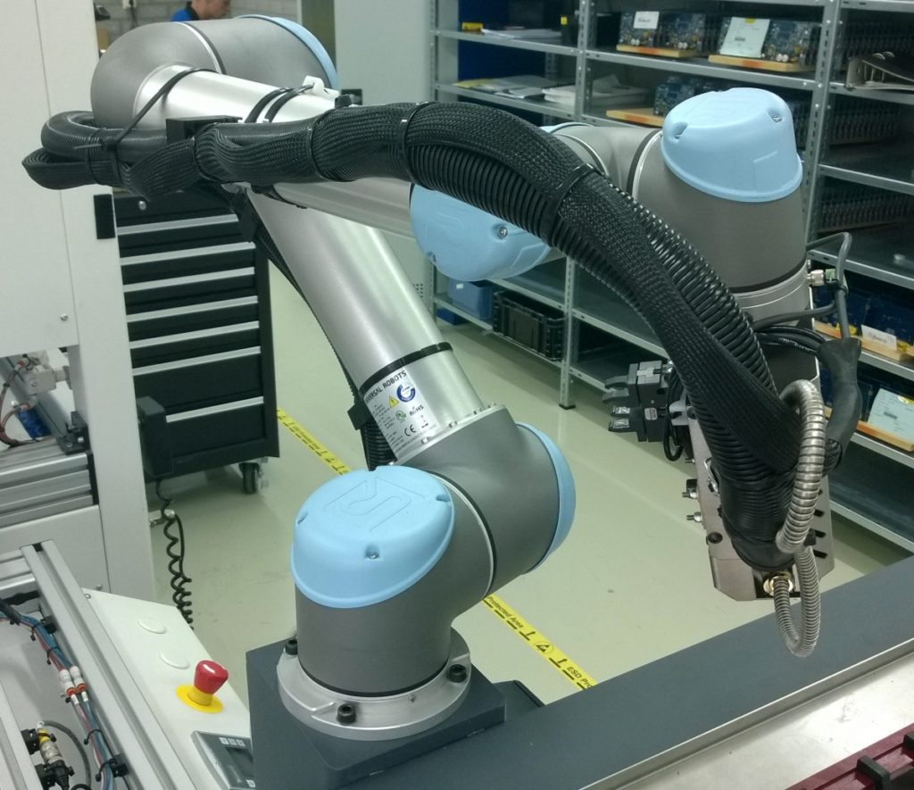hm-robo-04